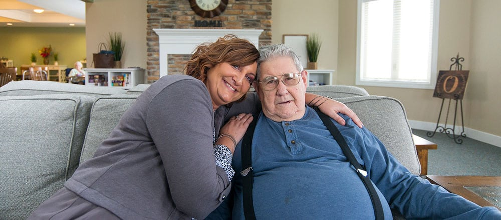 cridersville ohio senior living residents spends time with his daughter